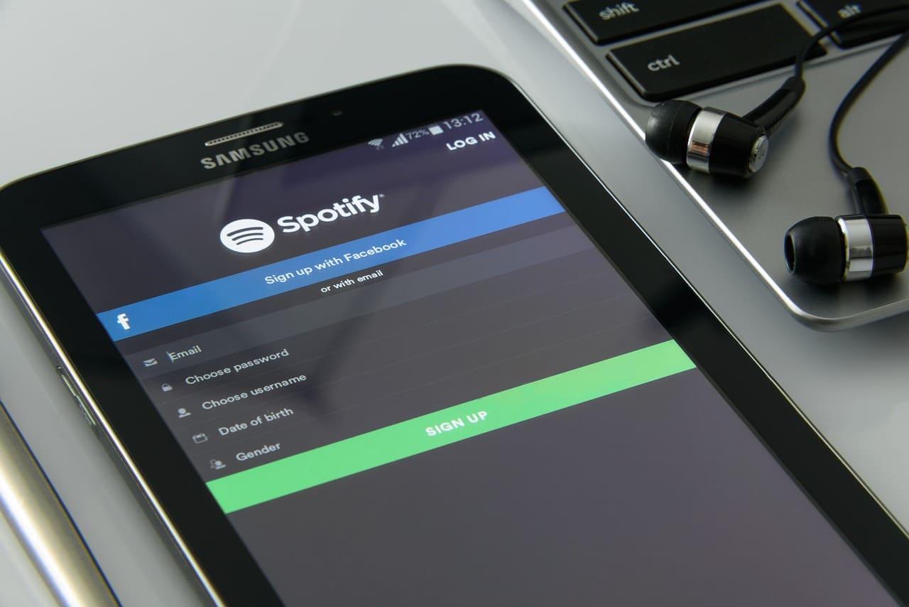 Comment caster Spotify sur ma TV?