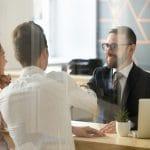 Quels sont les critères de sélection d'une banque en ligne?